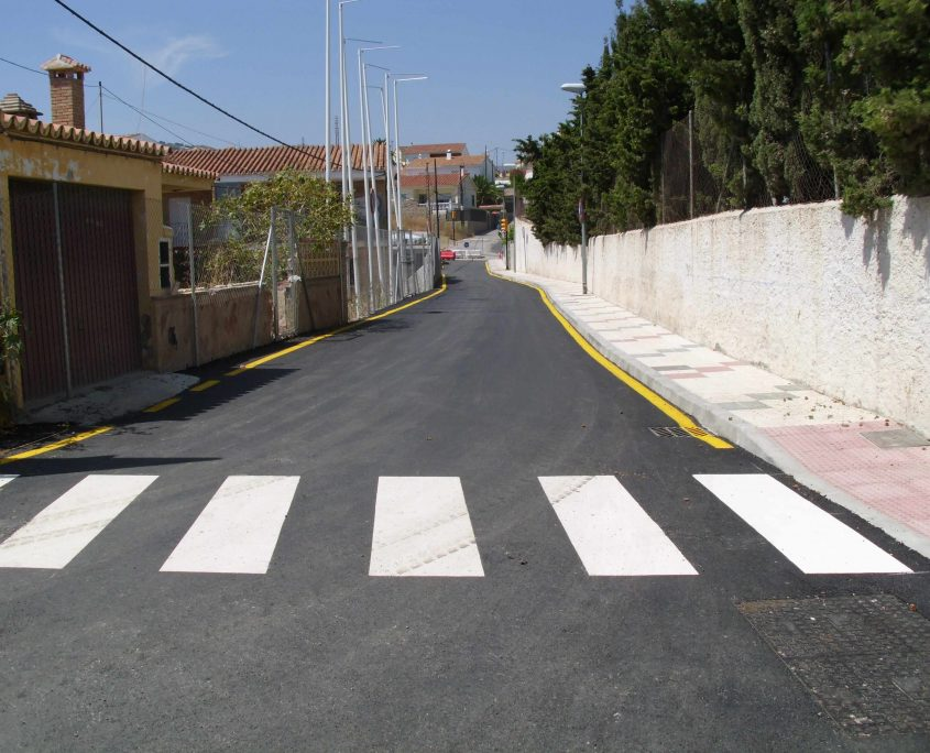 Pavimentado e infraestructuras en Los Fernández